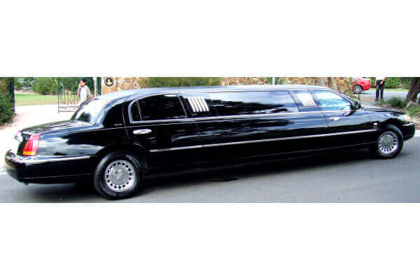 8-10 Passenger Stretch Limo - Lincoln