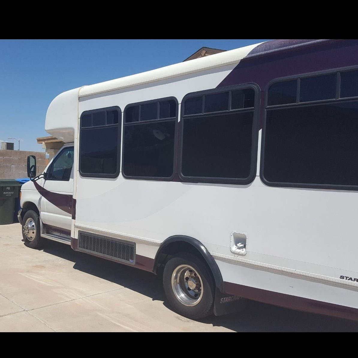 18-20 Passenger Party Bus